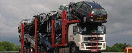 Caminhões cegonha